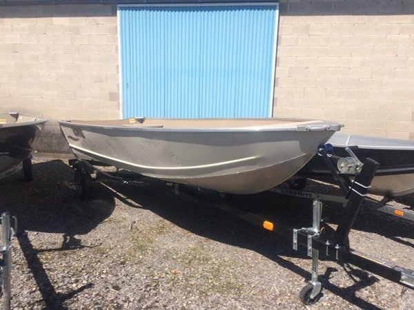 New Lowe V1667WT Sports Fishing Boat For Sale
