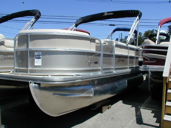 New Berkshire B217CR Pontoon Boat For Sale