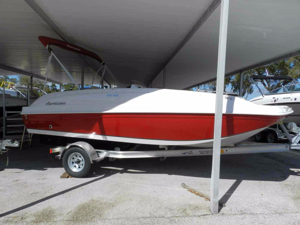 New Hurricane SS-188 Deck Boat For Sale