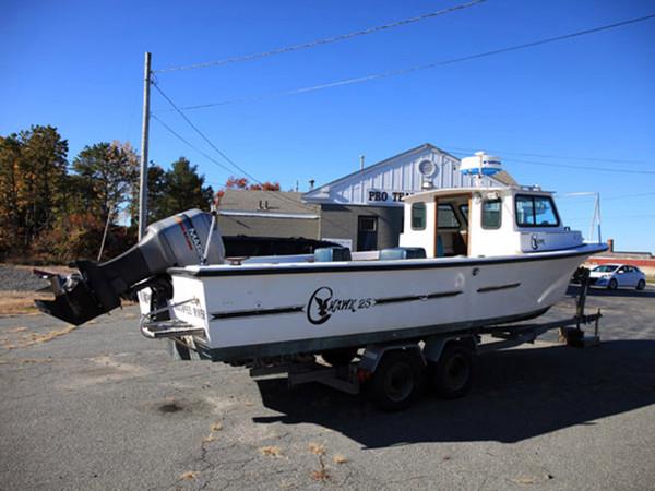 Used C-Hawk 25 Standard Cabin Cruiser Boat For Sale