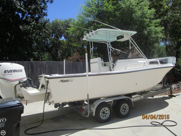 Used Mako 230 Walkaround Fishing Boat For Sale