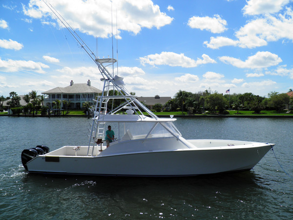 Used American Custom Yachts Walk Around Walkaround Fishing Boat For Sale