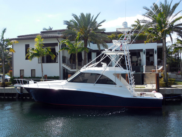 Used Cabo Htx Hardtop Express Cruiser Boat For Sale