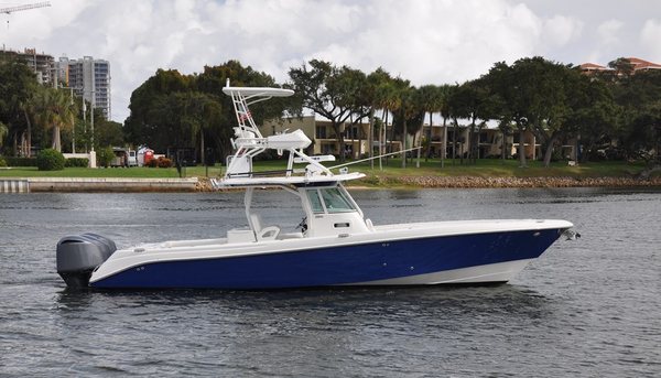 Used Everglades Center Console Fishing Boat For Sale