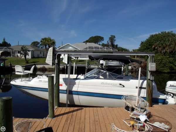 Used Splendor 260 Platinum Deck Boat For Sale