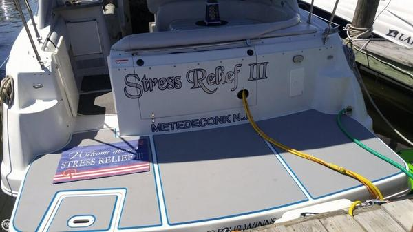 Used Four Winns Vista 328 Express Cruiser Boat For Sale