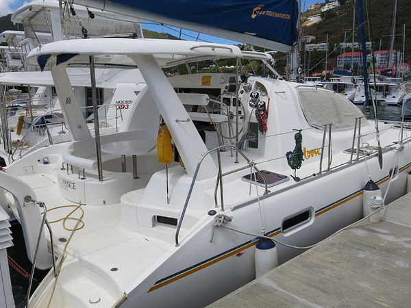 Used Robertson And Caine Leopard 40 Catamaran Sailboat For Sale