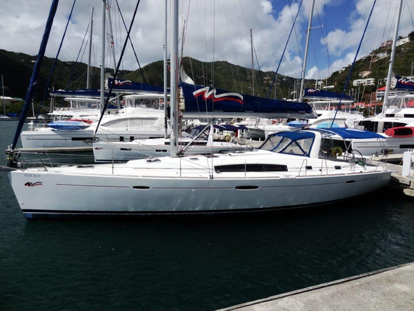 Used Beneteau Oceanis 50 Family Racer and Cruiser Sailboat For Sale