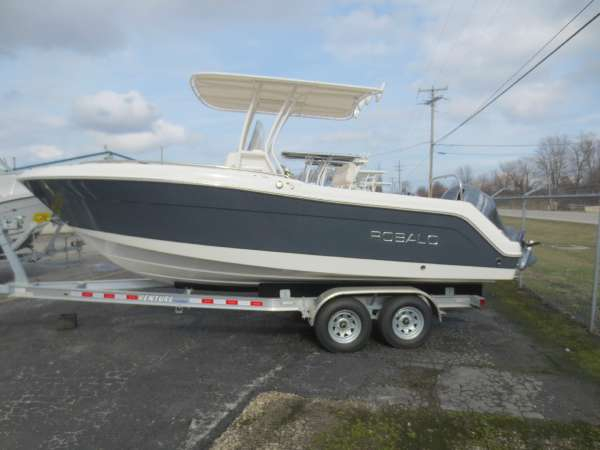 New Robalo R222 Center Console Fishing Boat For Sale