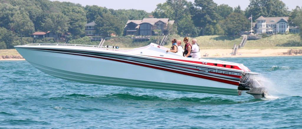 New Saber 34 High Performance Boat For Sale