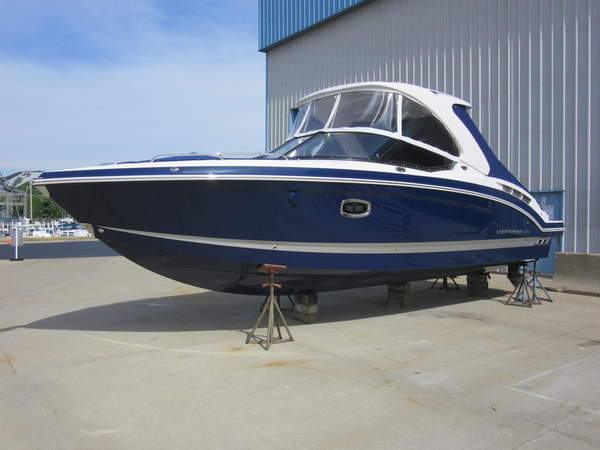 New Chaparral 307 SSX Bowrider Boat For Sale