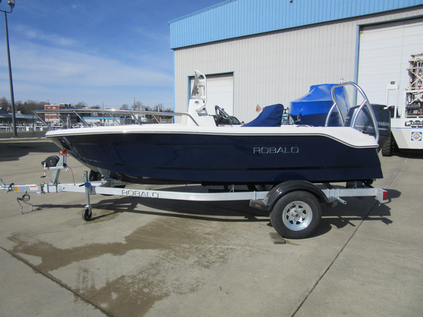 New Robalo R160 Center Console Freshwater Fishing Boat For Sale