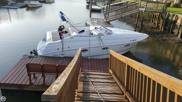 Used Chris-Craft 26 Crowne Express Cruiser Boat For Sale