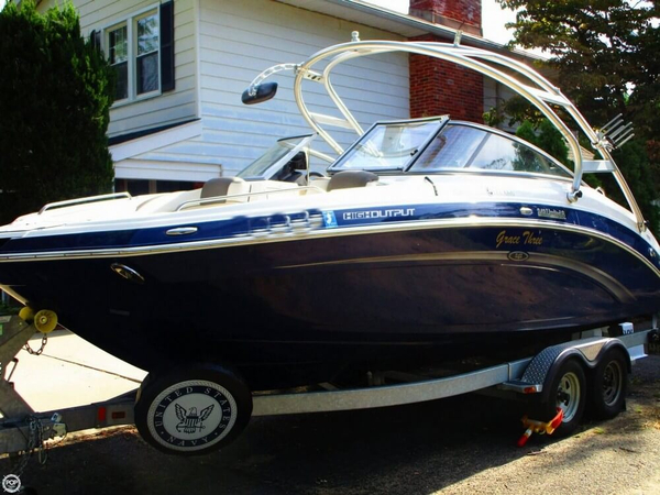 Used Yamaha 242 Limited S Ski and Wakeboard Boat For Sale