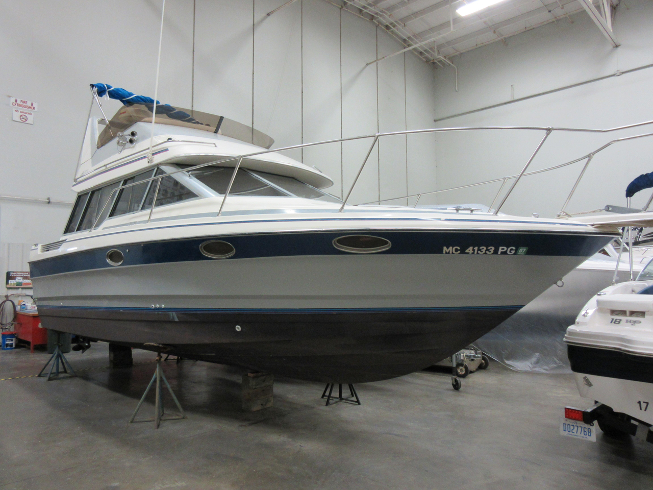 1989 used bayliner 2958 command bridge convertible fishing for Fishing boats for sale in michigan