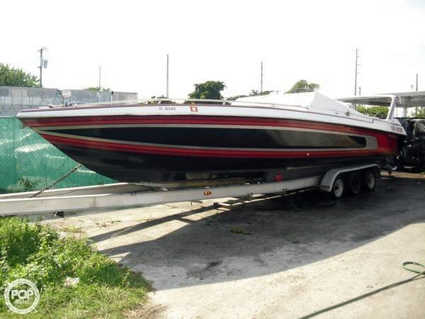 Used Chris-Craft 314S Stinger High Performance Boat For Sale