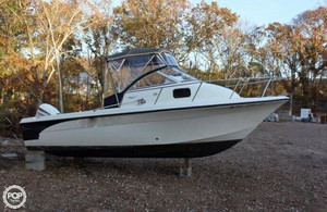 Used Fish Hawk 210 Walkaround Fishing Boat For Sale