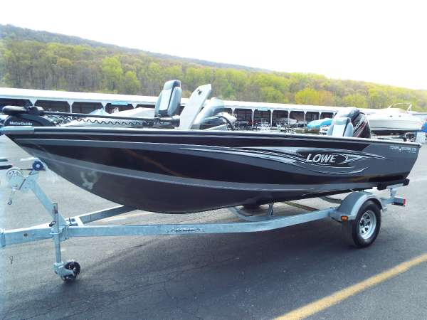 New Lowe FM 1710 Pro SC Freshwater Fishing Boat For Sale