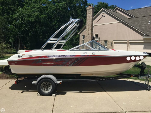 Used Bayliner 185 Flight Series Ski and Wakeboard Boat For Sale