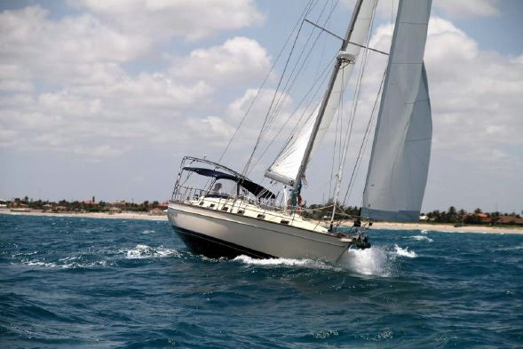 Used Island Packet Yachts 440 Cruiser Sailboat For Sale