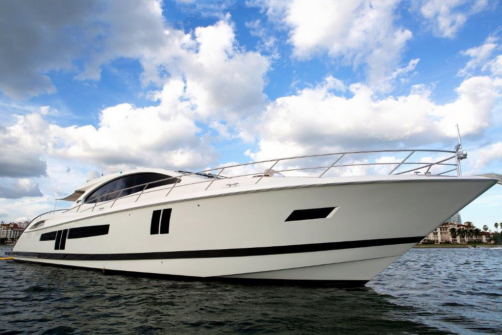2009 used lazzara motor yacht for sale 1 975 000 for Used motor yachts for sale in florida