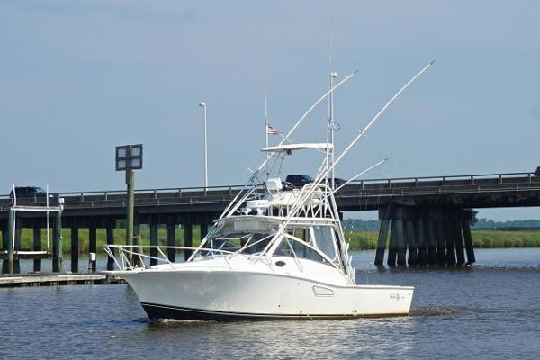 Used Albemarle 320 Express Cruiser Boat For Sale