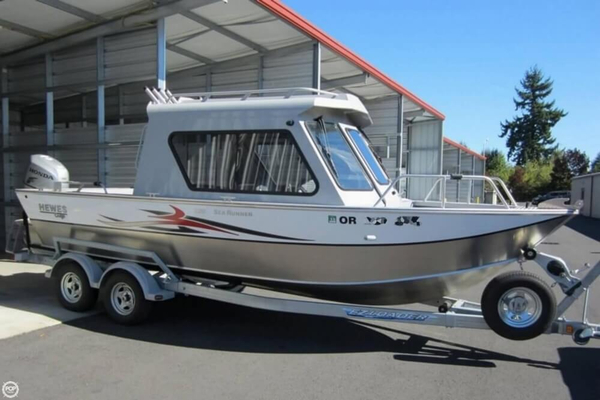 Used Hewescraft Searunner 220 Hardtop Pilothouse Boat For Sale