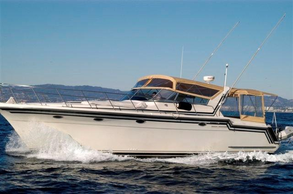 Used Californian Veneti Express Cruiser Boat For Sale
