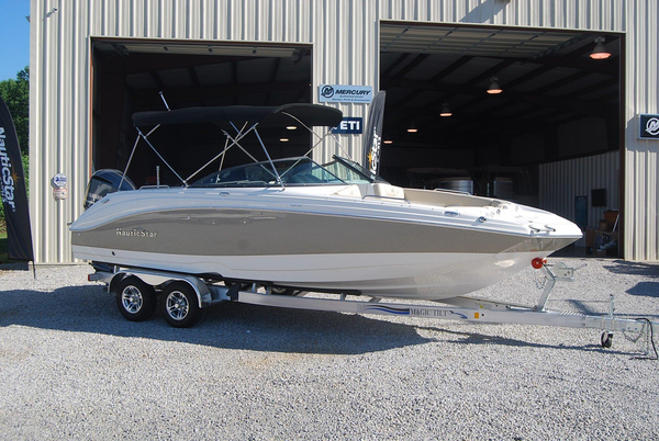 New Nauticstar 243DC Sport Deck Bowrider Boat For Sale