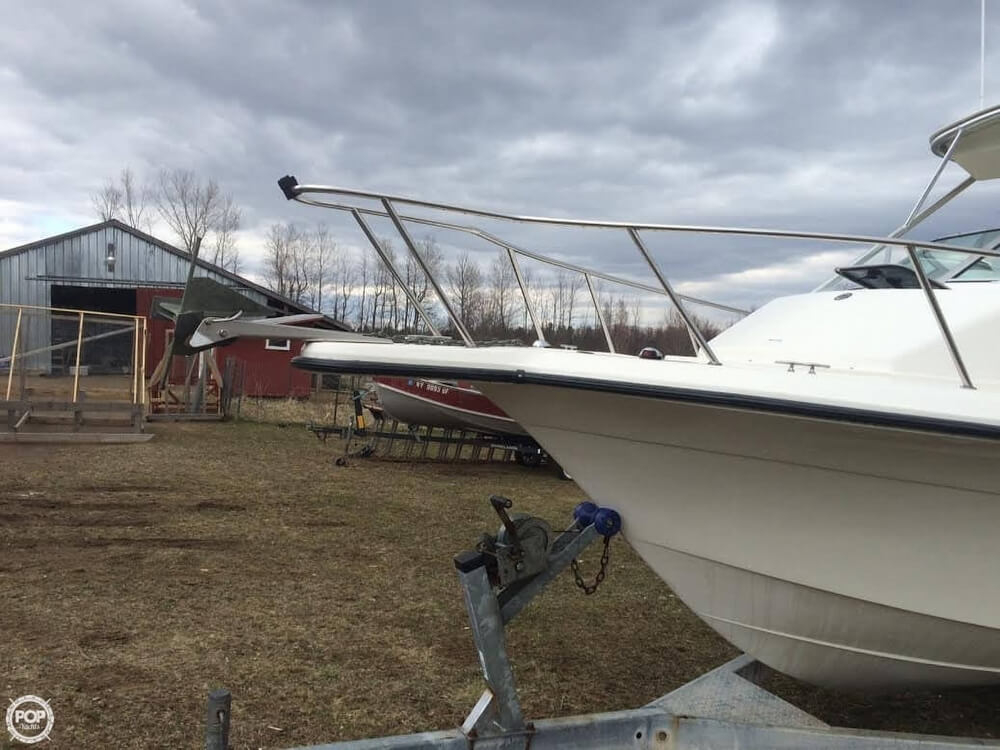 2002 used fish hawk 230 wa walkaround fishing boat for for Fishing boats for sale in ny