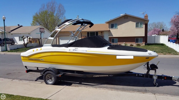 Used Chaparral H2O 19 Sport Bowrider Boat For Sale