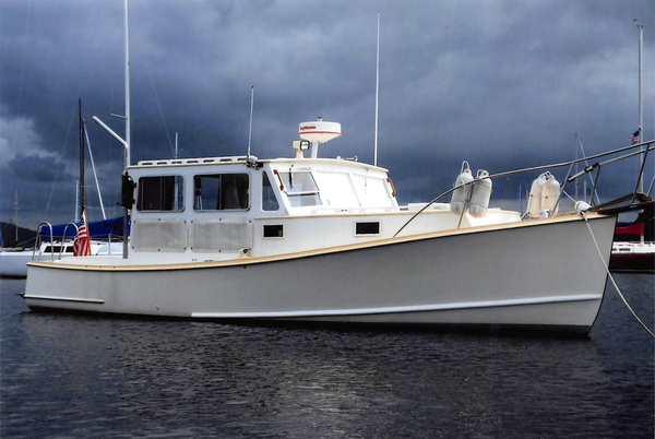 Used Jarvis Newman 32 Cruiser Boat For Sale