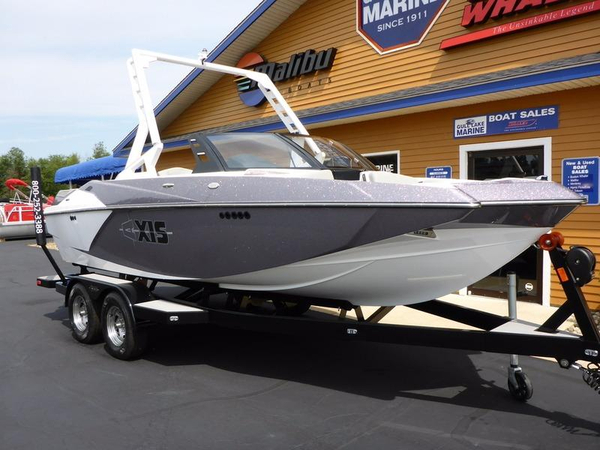 New Axis Wake Research A20 Deck Boat For Sale