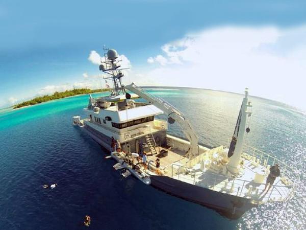 Used Narasaki Zosen Expedition Motor Yacht For Sale
