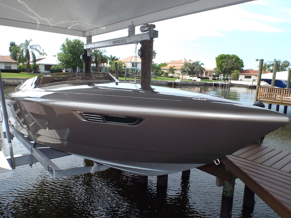 Used Donzi Fearless 28 High Performance Boat For Sale