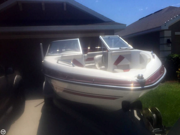 Used Glastron GT185 Bowrider Boat For Sale