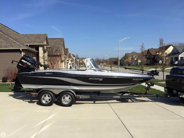 Used Stratos 326XF Bass Boat For Sale