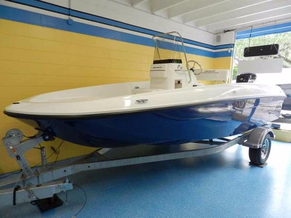 New Bayliner Element F18 Bowrider Boat For Sale