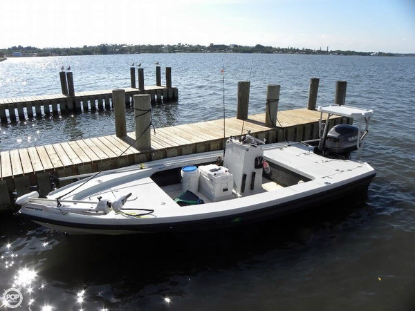 1992 used dolphin 18 backcountry flats fishing boat for for Port st lucie fishing