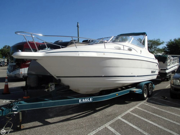 Used Wellcraft 260 SE Express Cruiser Boat For Sale