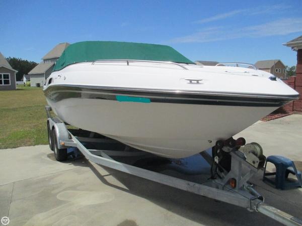 Used Four Winns Sundowner 215 Cruiser Boat For Sale