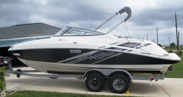 Used Yamaha SX230 HO Jet Boat For Sale