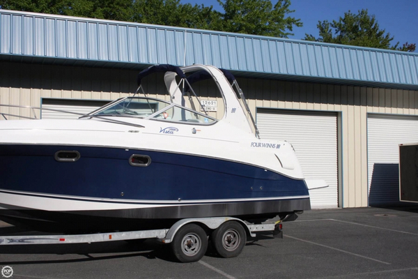 Used Four Winns 268 Vista Cruiser Express Cruiser Boat For Sale