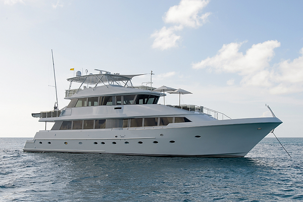 Used Westship Tri Deck Cockpit Motor Yacht Motor Yacht For Sale
