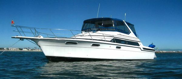 Used Carver 640 Santego (40') Motor Yacht For Sale