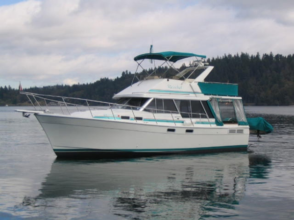 Used Bayliner 3288 Cruiser Boat For Sale