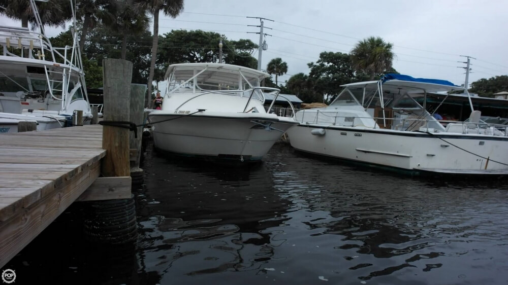 1996 used pursuit 3000 offshore express sports fishing for Offshore fishing boats for sale