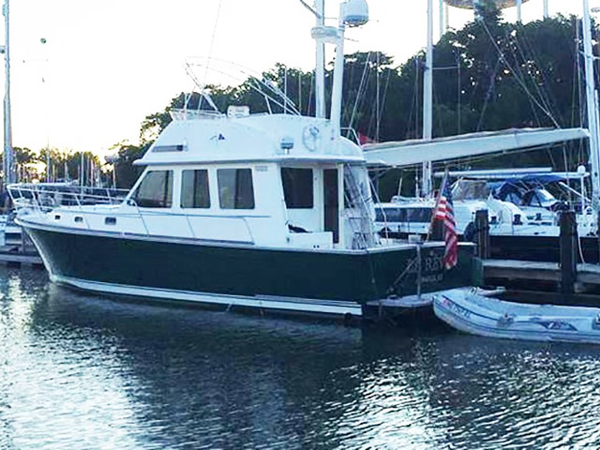 Used Sabre 42 Flybridge Motor Yacht For Sale