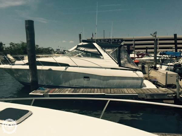 Used Bayliner Avanti 3255 Express Cruiser Boat For Sale