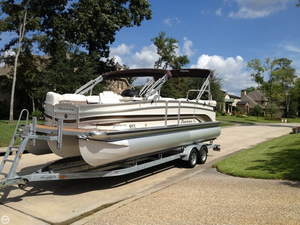 Used Premier Pontoons Grand Majestic LTD 250 RE Pontoon Boat For Sale